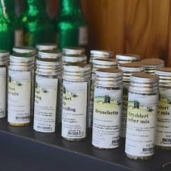 Diverse tørrede krydderier